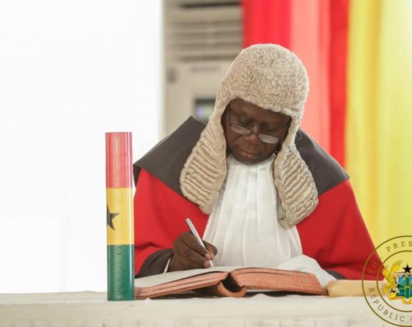 """""""BRING HONOUR TO THE JUDICIARY, GUARD JEALOUSLY ITS INDEPENDENCE"""" – PRESIDENT AKUFO-ADDO TO CHIEF JUSTICE ANIN YEBOAH"""